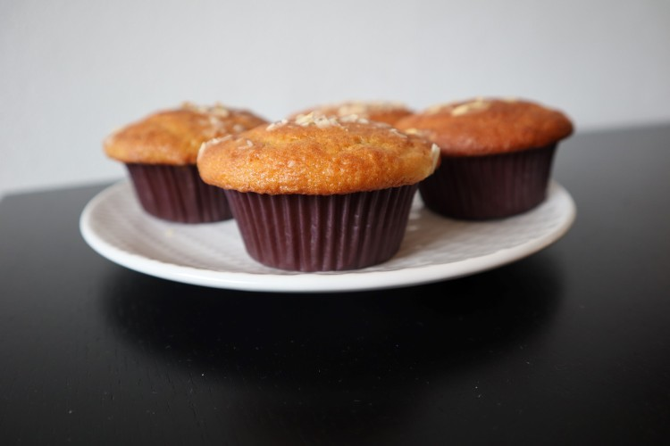 almond cherry muffins 2