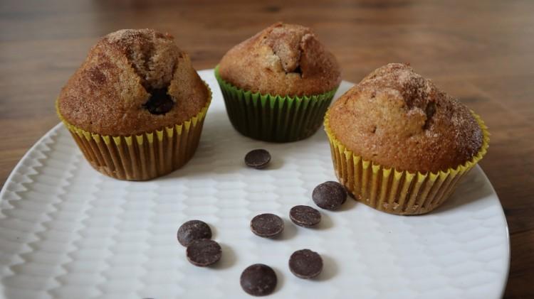 cinnamon chocolate chip muffins 1 16x9