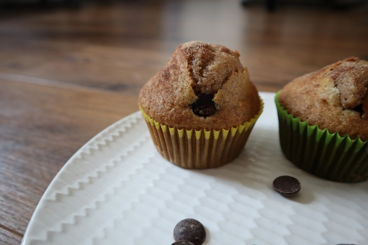 cinnamon chocolate chip muffins 2