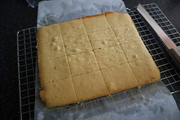 lemon blondies 4