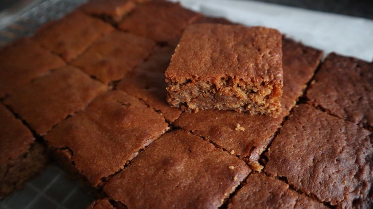 gingerbread blondies 1
