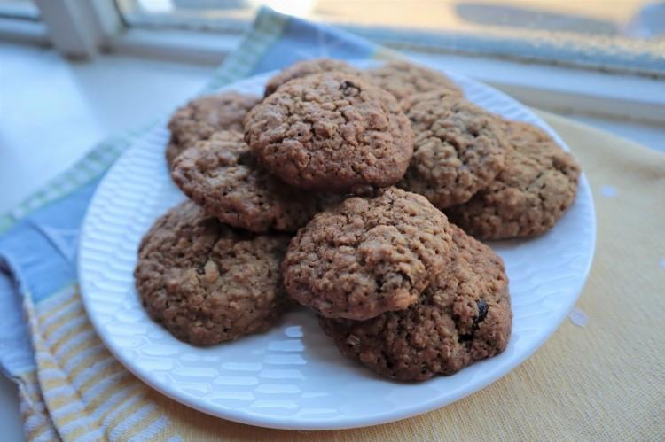oatmeal raisin cookies 1